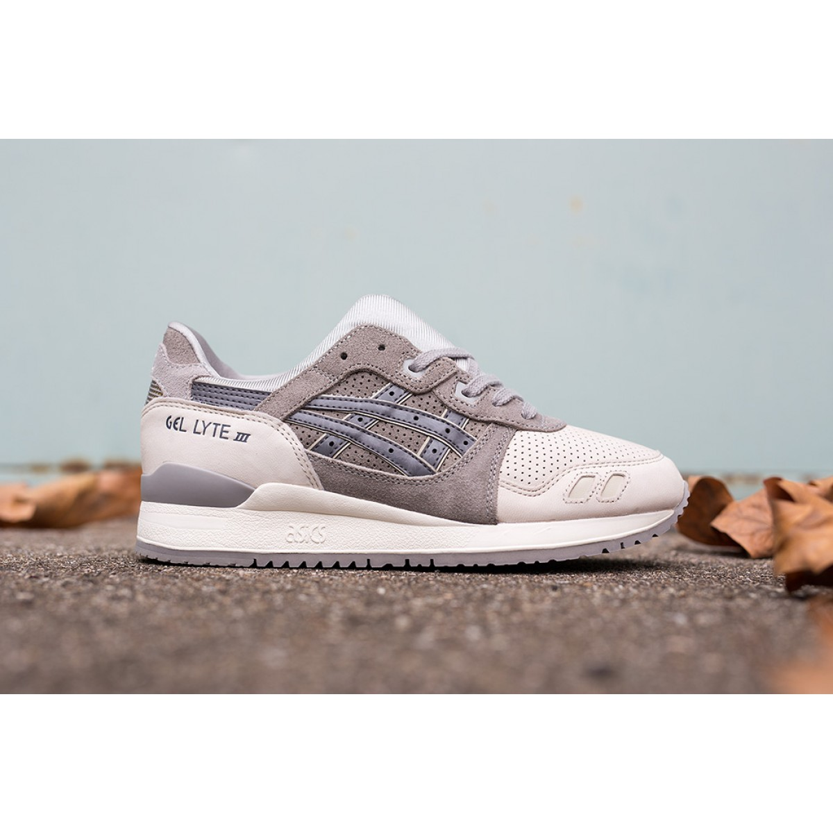 info pour 82919 8f92f Chaussure Asics