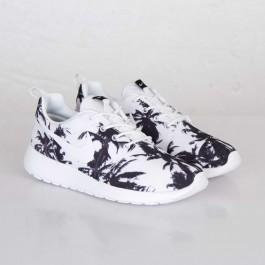 Achat / Vente produits Nike Roshe Run Femme,Nike Roshe Run Femme Pas Cher[Chaussure-9875976]