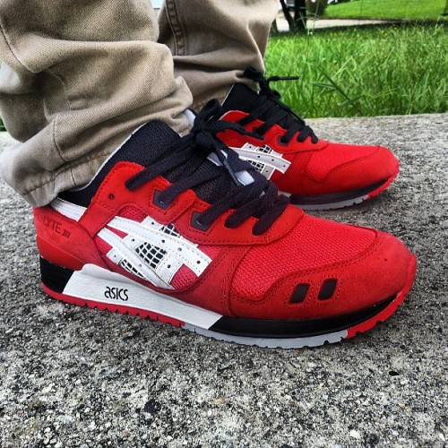 Achat / Vente produits Asics Gel Lyte 3 Femme Rouge,Professionnel Courir Chaussures Asics Gel Lyte 3 Femme Rouge Pas Cher[Chaussure-9874268]