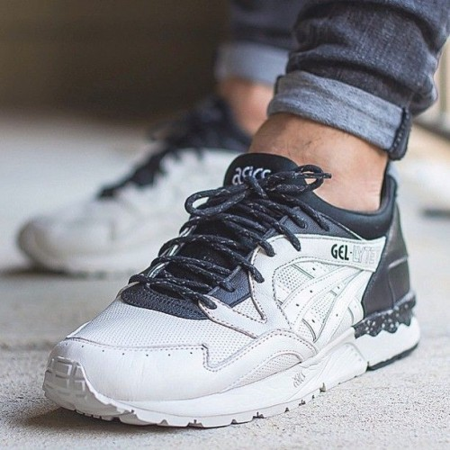 Achat / Vente produits Asics Gel Lyte 5 Homme,Professionnel Courir Chaussures Asics Gel Lyte 5 Homme Pas Cher[Chaussure-9874391]