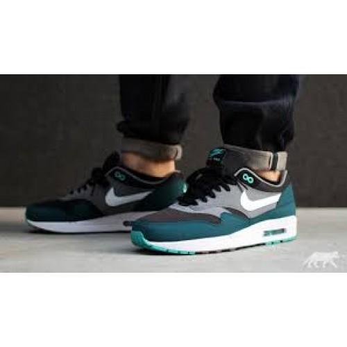 Achat / Vente produits Nike Air Max 1 Homme,Nike Air Max 1 Homme Pas Cher[Chaussure-9875079]